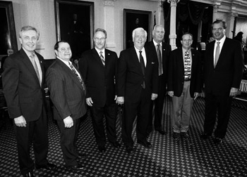 Sen. Bob Deuell and Lt.Gov. Dewhurst with officials from Rockwall County